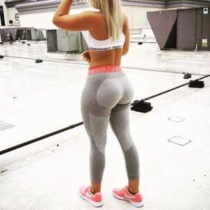 Gymshark Flex Leggings - Light Gray Marl/ Pink M